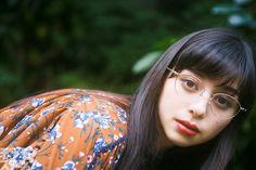 中条あやみ、メガネグラビア「ビジョメガネ」 Pin Up Girls, Cute Girls, Cool Girl, Japanese Beauty, Asian Beauty, Cute Japanese Girl, Best Portraits, Girls With Glasses, Japanese Models