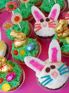 bunny cupcakes!!  Google Image Result for http://tidymom.net/blog/wp-content/uploads/2011/04/spring-cupcakes.png