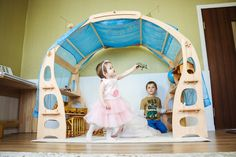 Kids Market, Play Market, Eco Friendly Toys, Learning Time, Natural Toys, Building For Kids, Blue Rooms, Wooden Shelves, Pretend Play