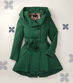 Everyone's favorite Steve Madden green coat is back on zulily today! Get it before it's gone! #zulilyfinds