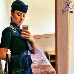 """""""Acima das nuvens onde nem eu consigo imaginar, onde o sol é mais brilhante, o vento mais mais fresco, a paz reina, o fardo mais leve e o trabalho é revigorante! Nos céus é lá que eu quero estar sempre."""" Linda Comissária da Azul Renata Oliveira!  ✈  #azul #azulinhasaereas #comissaria #comissariadevoo #comissariadebordo #voeazul #aeromoça #brasil #sky #aviation #flightattendant #crew #cabincrew #future #dream"""