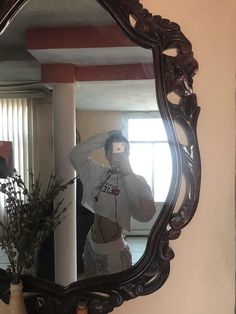 Mirror Photography, Teen Girl Photography, Body Mirror, Mirror Pic, Best Friend Pictures, Girl Pictures, Snapchat Girls, Girls Mirror, Selfie Poses