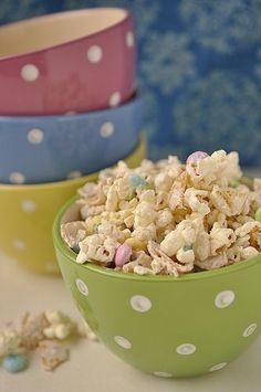 A recipe for white chocolate and frito popcorn mix perfect for bunco!