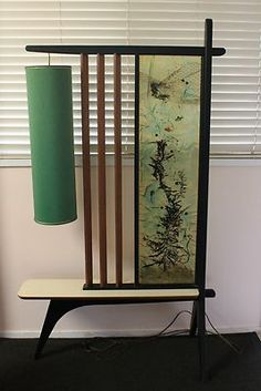 Oh how I love mist screens. And this mini room divider-slash-table is a-ma-zing! Thanks, Martha!