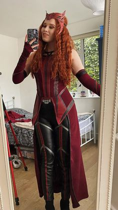 Epic Cosplay, Cosplay Outfits, Cosplay Costumes, Comic Con Cosplay, Cosplay Ideas, Halloween Cosplay, Halloween Outfits, Marvel Halloween Costumes, Scarlet Witch Costume