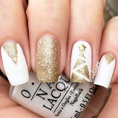Cool Shimmering Christmas Nails See more: glaminati.com/