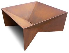 The shape of this fire pit emphasizes its use. And so does the CorTen steel material with its warm color