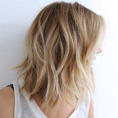 Medium Blonde Shag. Shoulder Length Layered Hair #Hairstyles