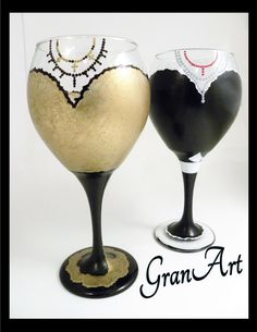 Evening Dress Wine Glass/Bride/Bridesmaid Gift/Painted by GranArt