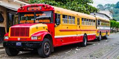 Öffentlicher Transportbus, Chickenbus genannt, in Guatemala #Mittelamerika Transport Bus, Panama, Central America, Caribbean, Mexico, Panama Hat, Panama City