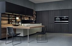 Steel and wood kitchen with peninsula PHOENIX - Varenna by Poliform