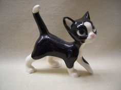 Miniature Hagen Renaker Black White Tuxedo Papa Cat Figurine | eBay