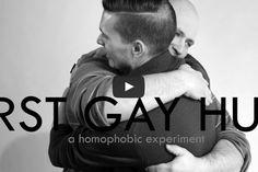 Inspirado pelo First Kiss, mostra pessoas homofóbicas abraçando homossexuais - Blue Bus