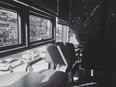 #picture#photographer#artwork#추억스타그램#빈티지#black#filmcamera#흑백사진#필름카메라#photo#workroom#스냅사진#맞팔#소통#camera#vintage#canon#iphone#pic#furniture#interior#frame#travel#design#카페#출사#snaps#필카#cafe#사진스타그램  날씨 : ) pic 2016. 3 by tomi.pic