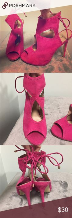 Hot Pink JustFab heelsFINAL PRICE In perfect condition and stunning on JustFab Shoes Heels
