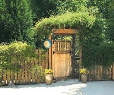Cute gate design.