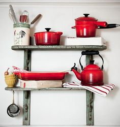 Le Creuset Country Kitchens, Home Kitchens, Seattle Food, Kitchen Must Haves, Still Life Photographers, Red Things, Black Bedding, Le Creuset, Kitchen Essentials