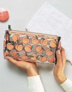 Skinnydip Peach Makeup Bag - Make Up Females Cute Makeup Bags, Fun Makeup, Peach Makeup, Peach Aesthetic, Aesthetic Bags, Cute School Supplies, Cute School Bags, Just Peachy, Makeup Case