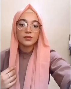 Stylish Hijab, Modest Fashion Hijab, Modern Hijab Fashion, Casual Hijab Outfit, Hijab Fashion Inspiration, Muslim Fashion, Easy Hijab Tutorial, Pashmina Hijab Tutorial, Hijab Style Tutorial