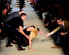 supermodel-candice-swanpoel-fall-nyfw-runway-photos