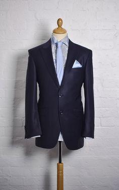 Nice top half, good colours.  #Wedding #Suit