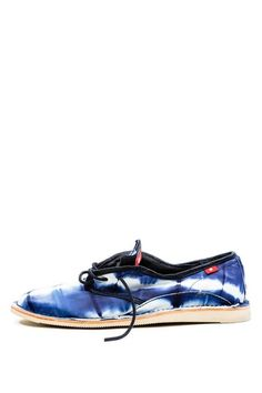 Oliberte  Narivo Lace-Up Shoe - Blue Sheep Tie Dye