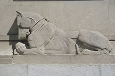 Art Deco Dog -- guardian of the Perelman Building, part of the Museum of Art, Philadelphia Outdoor Sculpture, Wood Sculpture, Art Nouveau, Museum Architecture, Art Deco Stil, Art Deco Buildings, City Museum, 1920s Art Deco, Ancient Art
