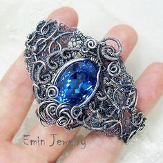 This is a bracelet, but I'd love to see it as a ring.