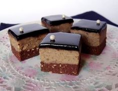 It is delicious ! Hungarian Desserts, Hungarian Recipes, Cookie Recipes, Dessert Recipes, Waffle Cake, Milk Cake, Czech Recipes, Sweet And Salty, Cakes And More