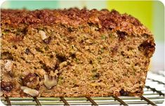 Vegan Zucchini Walnut Raisin Loaf with Cinnamon Streusel. Should convert just fine with GF flour. Zuchinni Recipes Bread, Vegan Zucchini, Zucchini Loaf, Courgette Bread, Vegan Desserts, Vegan Recipes, Snack Recipes, Dessert Recipes, Plant Based Whole Foods