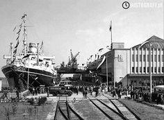 Dworzec Morski w Gdyni, lata 30. – przy nabrzeżu MS Piłsudski. #Gdynia #3city