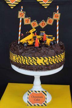 Construction, Dump Trucks Birthday Party Ideas | Photo 13 of 49 | Catch My Party