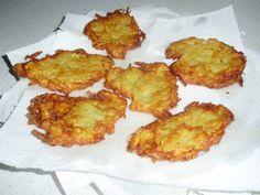 Ha unod a lángost, itt egy finom lapcsánka recept - Egy az Egyben Hungarian Recipes, Fritters, Cauliflower, Zucchini, Cake Recipes, Vegetarian Recipes, Food And Drink, Potatoes, Tasty