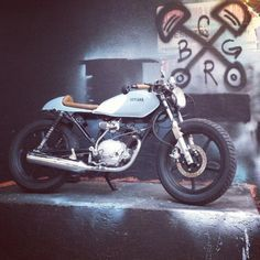 motomood: Yamaha YBR125 | Box Garage motomood: Yamaha YBR125 | Box Garage