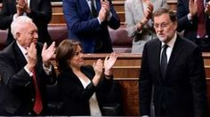 Mariano Rajoy wins vote to lead Spain minority government