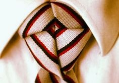 Fashionphim: New and Exciting ways to tie a Tie….