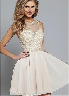 Elegant Tulle & Chiffon Jewel Neckline A-line Homecoming Dresses with Lace Appliques