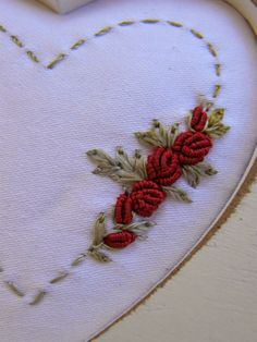 Simple Heart shape done in broken embroidery stitch design with some Roses Cushion Embroidery, Embroidery Hearts, Hand Embroidery Flowers, Embroidery Stitches Tutorial, Flower Embroidery Designs, Embroidery Works, Silk Ribbon Embroidery, Hand Embroidery Patterns, Diy Embroidery