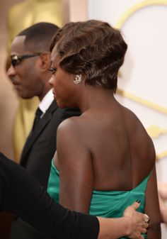 Viola Davis's retro Oscar hairstyle from the back. #redcarpet