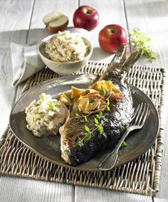 Przepis na Karpia zatorskiego #ChNP marynowany w occie z wiśni nadwiślanki #ChNPpodawany na tłuczonych pieczonych jabłkach grójeckich #ChOG Chicken, Food, Meals, Cubs