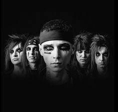 Black Veil Brides Warpaint is making a return. <<< yes that's wonderful and all bUT HAS ANYONE HEARD THEIR NEW SONG??? ITS AWESOME AND MY NEW FAVORITE SONG