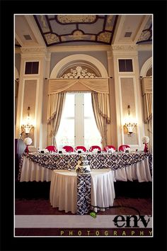 Table cloth idea for head table but in another colour
