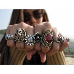 Gypsies and Hippies Cams Cute Jewelry, Jewelry Box, Jewelry Accessories, Fashion Accessories, Jewlery, Jewelry Rings, Jewelry Design, Boho Gypsy, Bohemian Jewelry