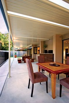 Create an attractive and functional outdoor living area that will enhance your home and lifestyle with the smooth, simple, uncluttered lines of the classic Stratco Outback Flat Roof Verandah, Patio or Carport. Pergola With Roof, Pergola Shade, Pergola Patio, Pergola Plans, Pergola Ideas, Decking Ideas, Patio Ideas, Backyard Ideas, Patio Images