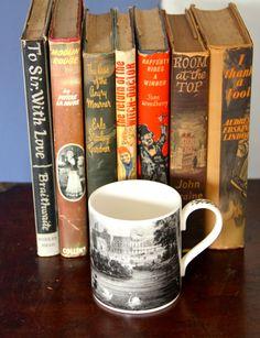 BUCKINGHAM PALACE Royal Souvenir Tea Mug -Cup by VintageCollateral on Etsy