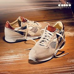 It's time for in Let's discover a new classic: Trident 90 🌳 Sneakers Box, Best Sneakers, New Shoes, Boat Shoes, Diadora Sneakers, Zapatillas Casual, New Trainers, Exclusive Sneakers, Sneaker Games