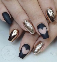 Black and gold combination of colors is very modern. Black color is again more and more modern in mode. Hearts are nice details always.