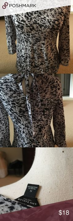 Ann Taylor long sleeved top, black and white Fitted black and white print Ann Taylor Tops Blouses