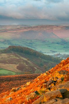 View from Higger-Tor, the Peak District, UK. Beautiful Scenery, Beautiful Landscapes, Places Around The World, Around The Worlds, Kingdom Of Great Britain, English Heritage, Au Natural, England And Scotland, Peak District