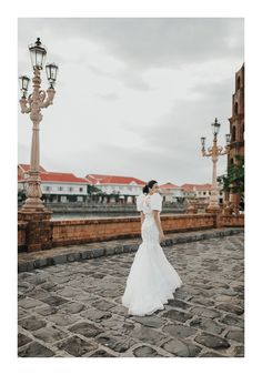 Planning on Having a Filipiniana Wedding? Here are 9 Elements You Can Incorporate! Barong Wedding, Filipiniana Wedding Theme, Modern Filipiniana Dress, Wedding Looks, Dream Wedding, Luxury Wedding, Destination Wedding, Prenup Theme, Philippines Dress